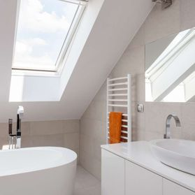A modern looking bathroom
